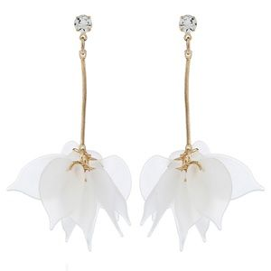 thriftdimensi0n Jewelry - *STELLALUNA* Gold x White Flower Drop Earrings